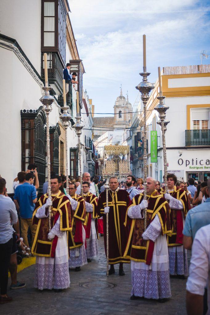 Virgen de la Palma bajando por la calle Sevilla