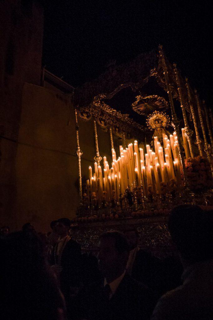 Virgen de las Lágrimas por la calle Carrera